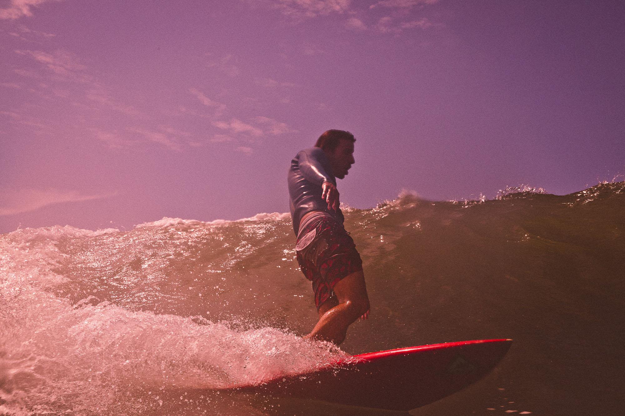 o-surfista-da-mono-vermelha-foto-raphael-tognini13