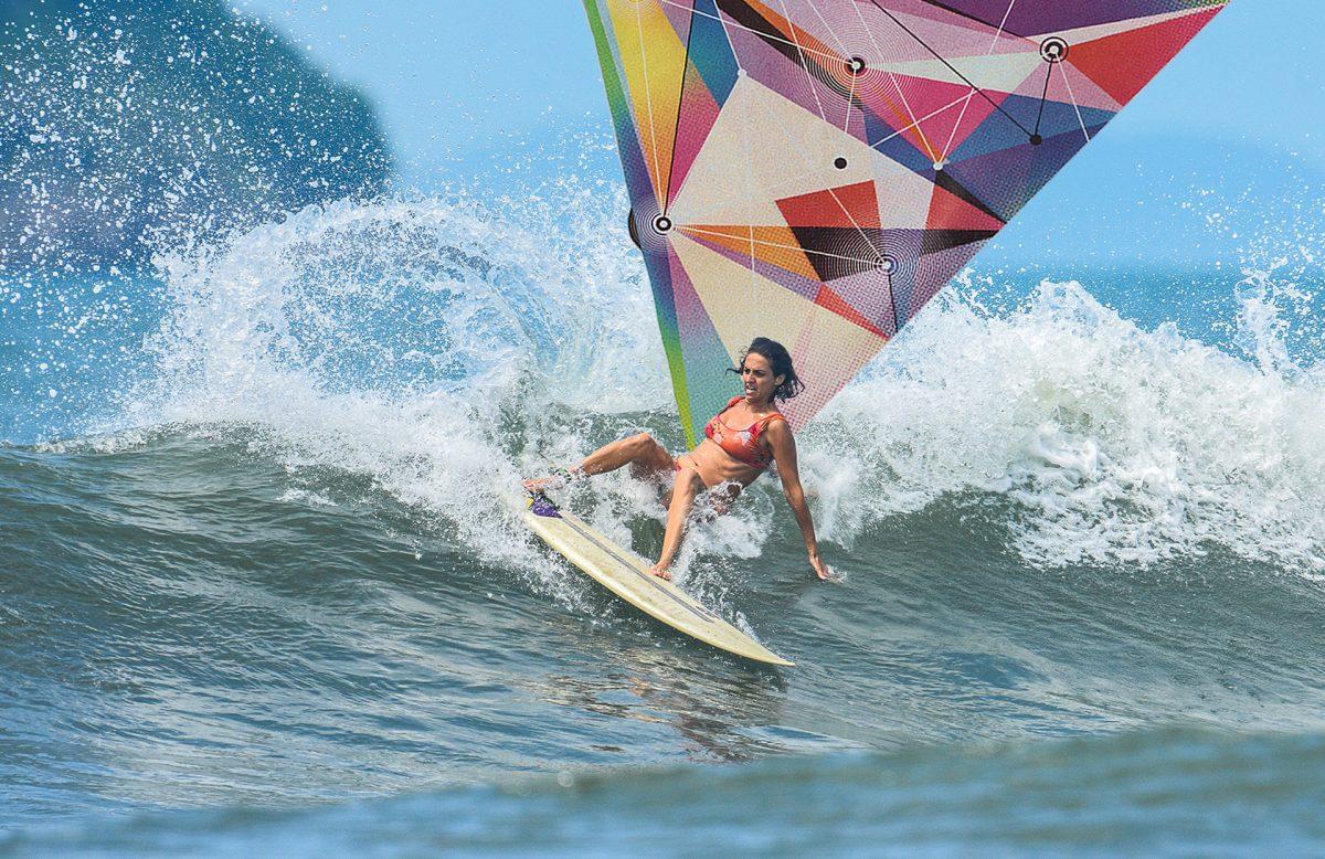 surf e maternidade - Marina Palacio - layback em foto de Osmar Rezende