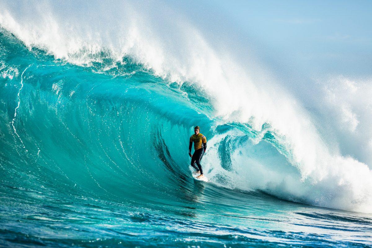 John John Florence surfando tubo em Margaret River - negócio surf