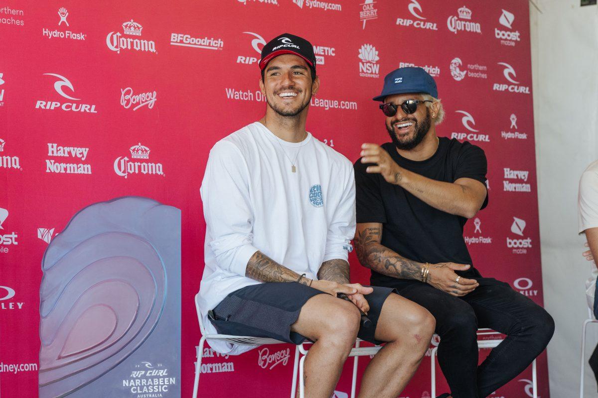Gabriel Medina e Ítalo Ferreira em entrevista coletiva na etapa Narrabeen do circuito mundial de surf
