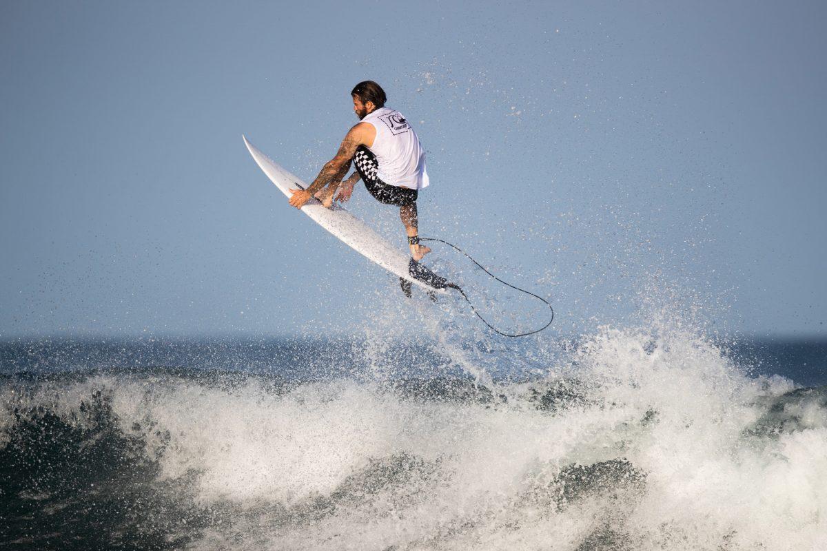 Mikey Wright em Barra de la Cruz - Thiago Diz_WSL - surf de competição