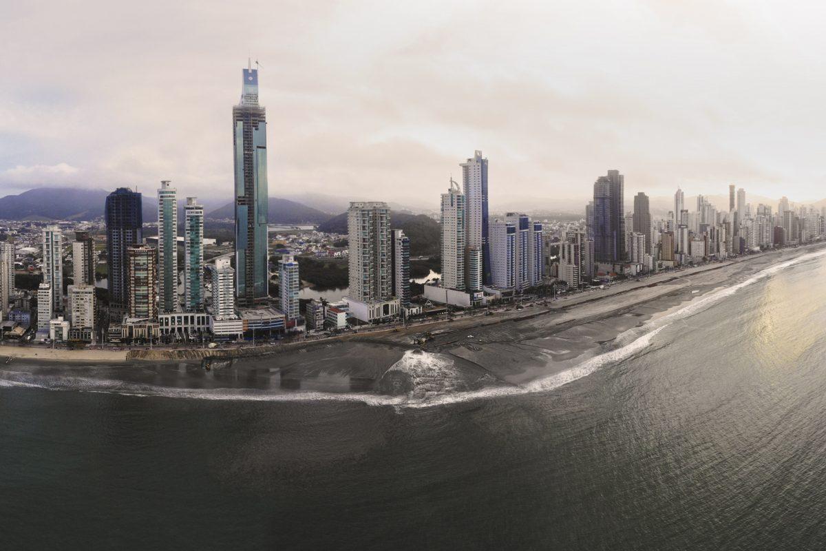 obra e ondas Balneário Camboriú